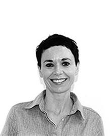 Dr Niamh McCrea